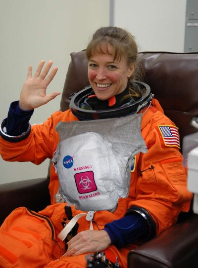 NASA Lisa Nowak diaper wearing astronaut revenge